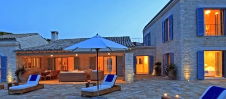 Exclusive villa in Greece